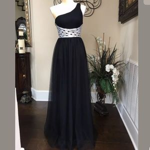 Formal gown, Prom, Special Occasion dress